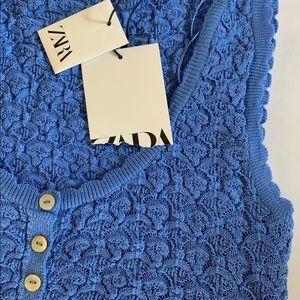 Blue Zara crop button down blouse
